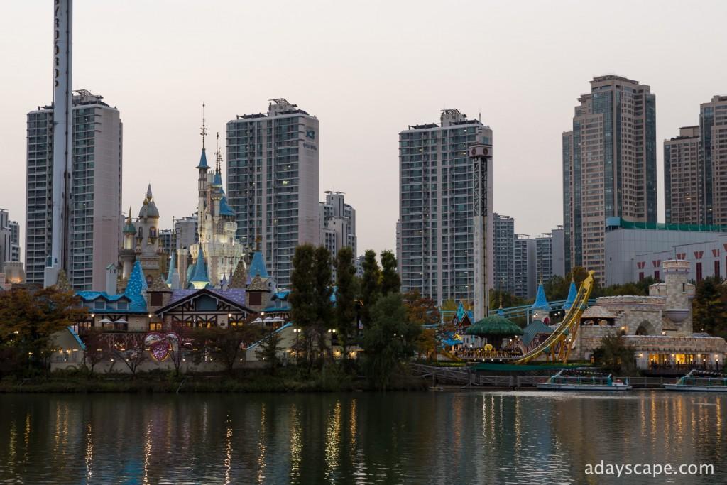 Seokchon Lake 03