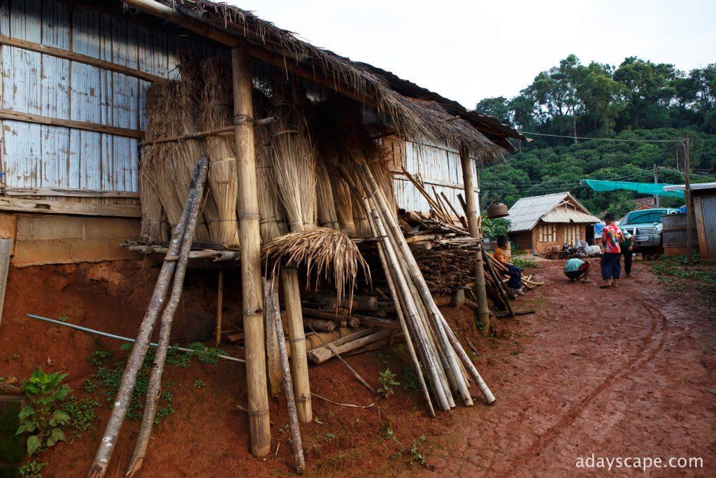 หมู่บ้านหล่อโย-6
