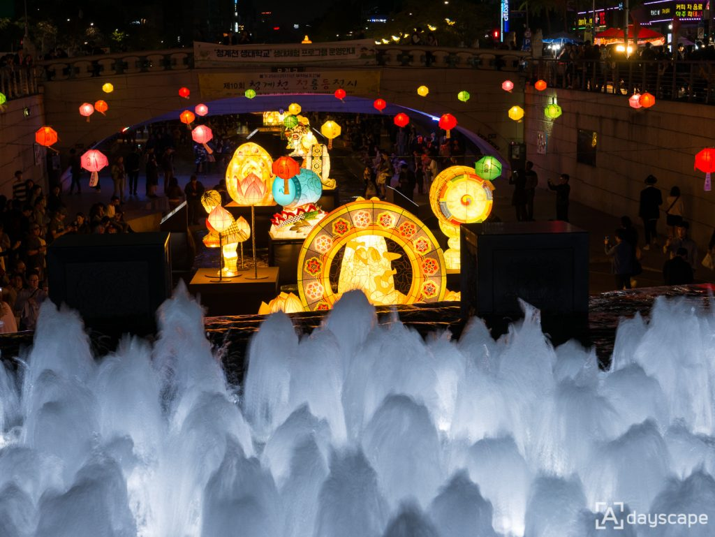 Lotus Lantern Festival 6 Cheonggyecheon Stream