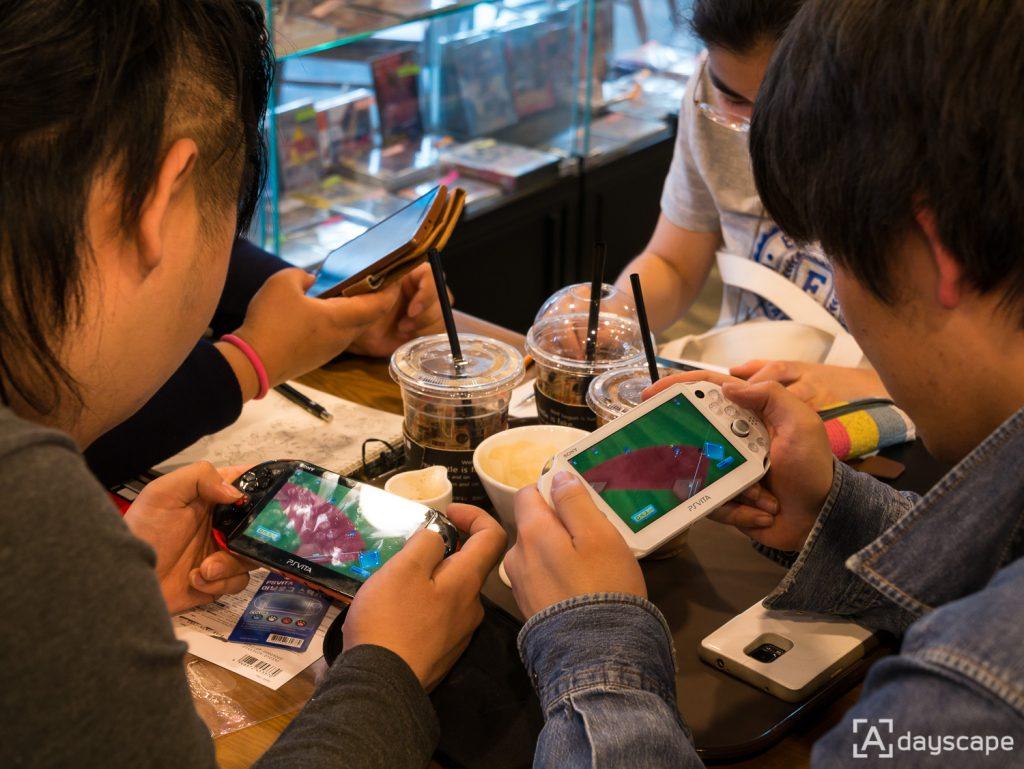 Retro Cafe Trader 8