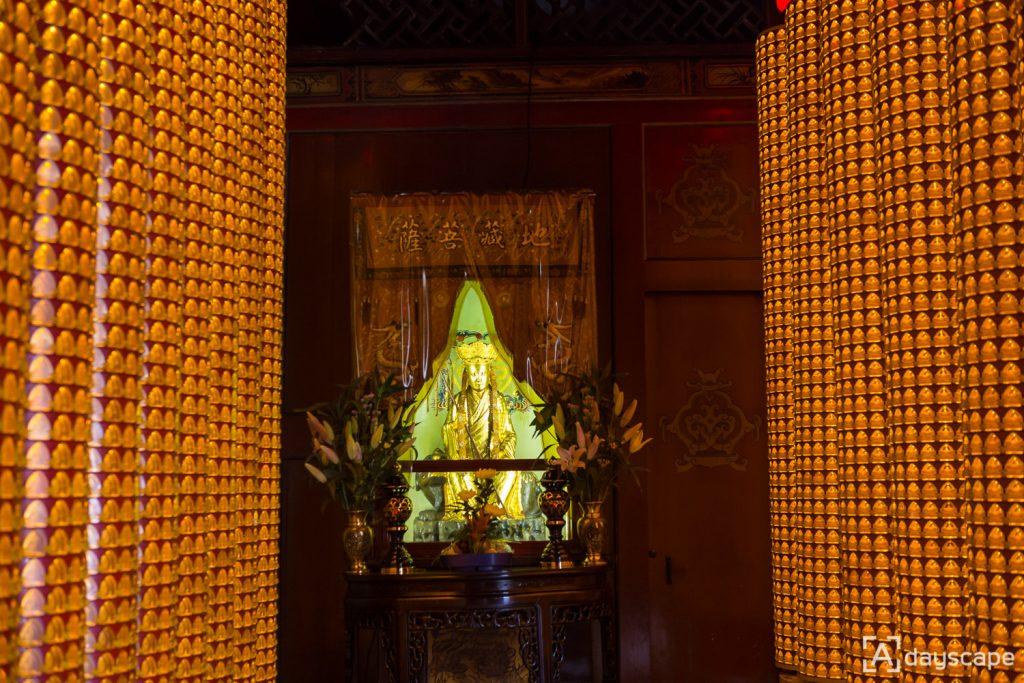 Longshan Temple 3