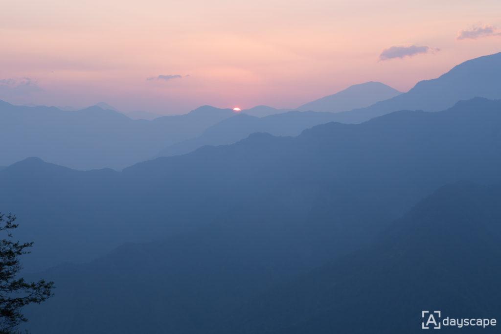 Alishan Sunrise 1